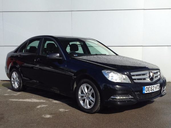 (2013) Mercedes-Benz C Class C220 CDI BlueEFFICIENCY Executive SE 4dr Luxurious Leather - Bluetooth Connection - £30 Tax - Parking Sensors