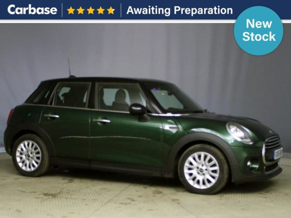 (2015) MINI HATCHBACK 1.5 Cooper 5dr Panoramic Roof - Bluetooth Connection - £20 Tax - Parking Sensors - DAB Radio - Aux MP3 Input