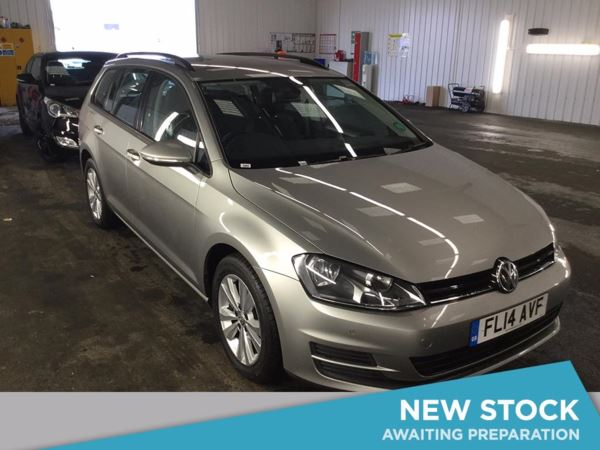 (2014) Volkswagen Golf 1.6 TDI SE 5dr £1375 Of Extras - Bluetooth Connection - £20 Tax - Parking Sensors - DAB Radio