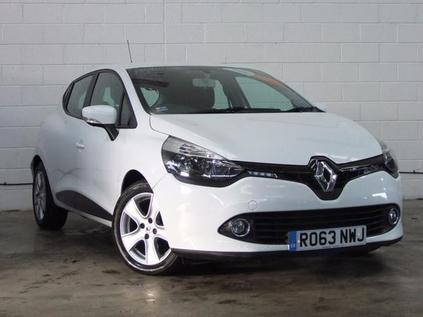 (2013) Renault Clio 1.5 dCi 88 eco2 Expression+ 5dr Bluetooth Connection - Zero Tax - USB Connection - Cruise Control
