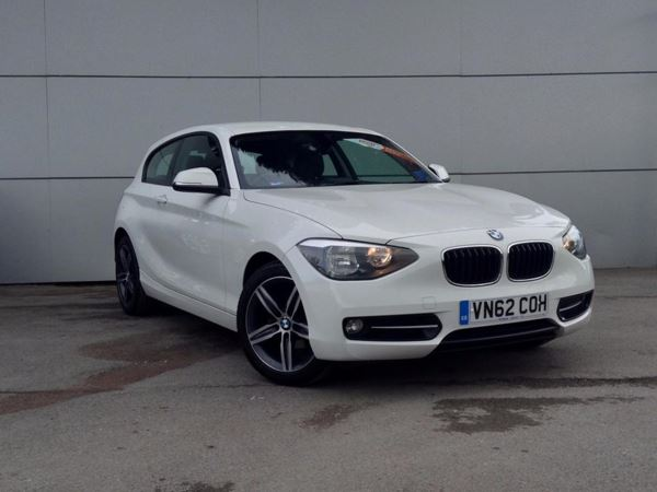 (2012) BMW 1 Series 116i Sport 3dr Bluetooth Connection - Aux MP3 Input - USB Connection - 6 Speed - Air Conditioning