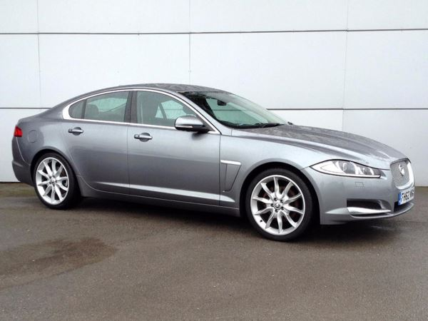 (2013) Jaguar XF 2.2d [200] Portfolio 4dr Auto £950 Of Extras - Satellite Navigation - Bluetooth Connection - Parking Sensors