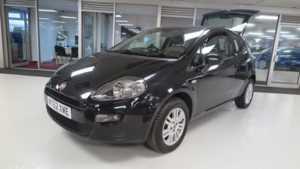 2013 62 Fiat Punto 1.4 Easy [Start Stop] 3dr, Sport seats, Radio/CD 3 Doors HATCHBACK