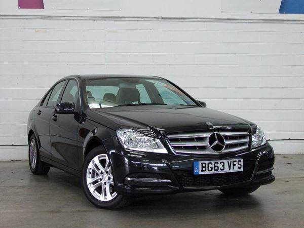(2013) Mercedes-Benz C Class C220 CDI BlueEFFICIENCY Executive SE £645 Of Extras - Luxurious Leather - Bluetooth Connection - £20 Tax