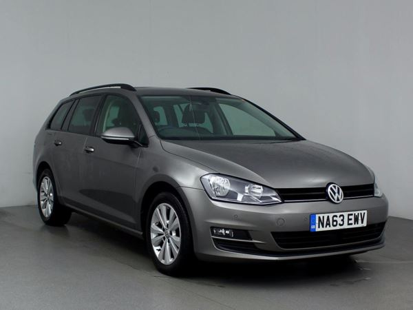 (2013) Volkswagen Golf 1.6 TDI SE 5dr £4395 Of Extras - Satellite Navigation - Luxurious Leather - Bluetooth