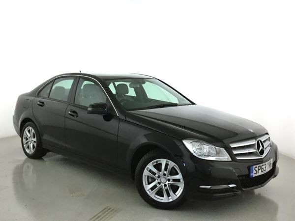 (2013) Mercedes-Benz C Class C220 CDI BlueEFFICIENCY Executive SE 4dr £2190 Of Extras - Satellite Navigation - Bluetooth Connection - £20 Tax