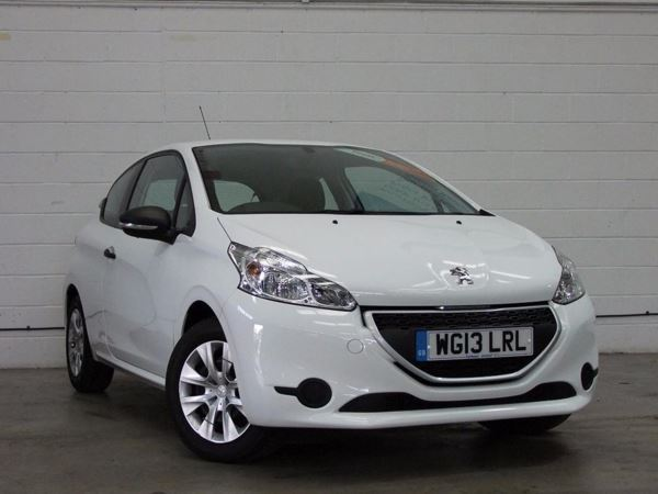 (2013) Peugeot 208 1.0 VTi Access 3dr Zero Tax - Aux MP3 Input - Cruise Control