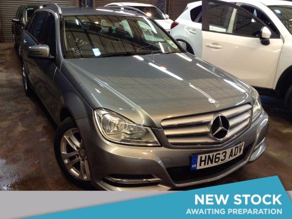 (2013) Mercedes-Benz C Class C220 CDI BlueEFFICIENCY Executive SE 5dr Auto £645 Of Extras - Luxurious Leather - Bluetooth Connection - Parking Sensors