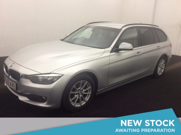 (2014) BMW 3 Series 320d EfficientDynamics Business 5dr £3165 Of Extras - Satellite Navigation - Luxurious Leather - Bluetooth Connectivity
