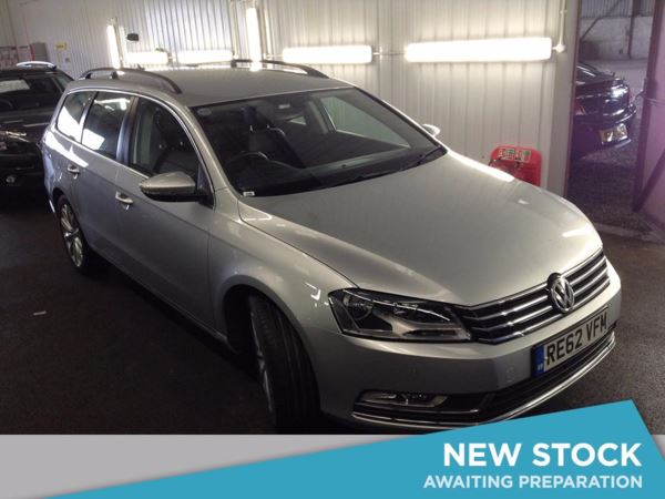 (2013) Volkswagen Passat 2.0 TDI Bluemotion Tech Highline 5dr £3475 Of Extras - Satellite Navigation - Luxurious Leather - Bluetooth Connectivity