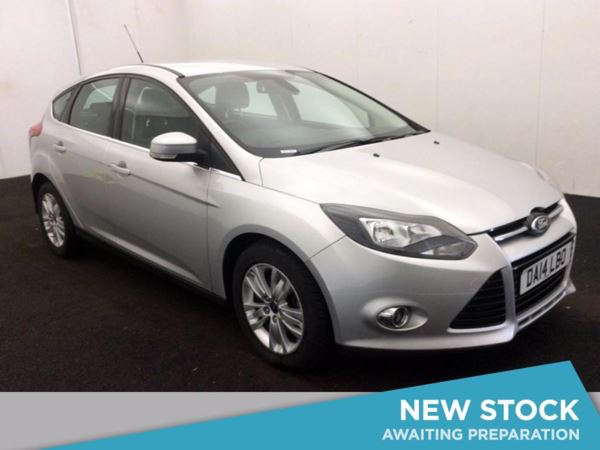 (2014) Ford Focus 2.0 TDCi Titanium Navigator 5dr Satellite Navigation - Bluetooth Connection - Parking Sensors - DAB Radio