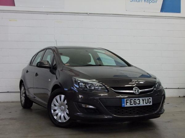 (2013) Vauxhall Astra 1.7 CDTi 16V ecoFLEX 130 Exclusiv 5dr [99g/km][SS] Zero Tax - Aux MP3 Input - Cruise Control - 6 Speed - Air Conditioning