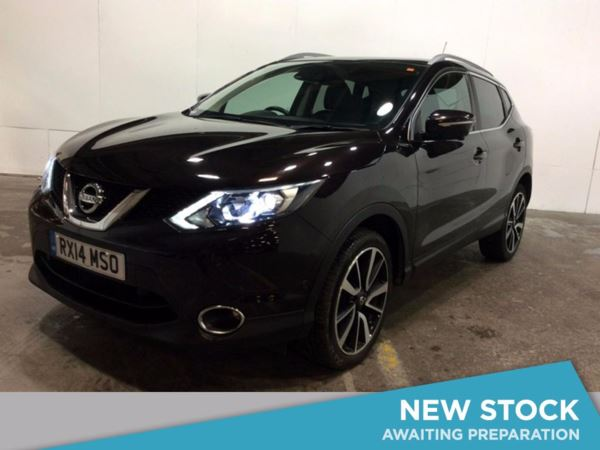 (2014) Nissan Qashqai 1.5 dCi Tekna 5dr Panoramic Roof - Satellite Navigation - Bluetooth Connection - Zero Tax