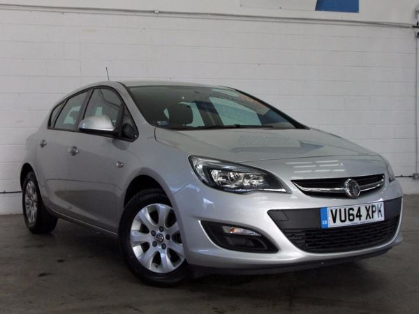 (2015) Vauxhall Astra 1.6 CDTi 16V ecoFLEX 136 Design 5dr £20 Tax - Aux MP3 Input - Cruise Control - Air Conditioning - 1 Owner