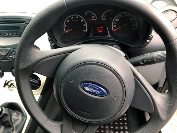 2014 (14) Ford KA 1.2 Studio 3dr £30 ROAD TAX For Sale In Stratford-upon-Avon, Warwickshire