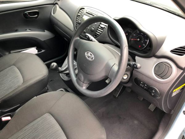 2011 (11) Hyundai i10 1.2 Active 5dr £20 ROAD TAX For Sale In Stratford-upon-Avon, Warwickshire