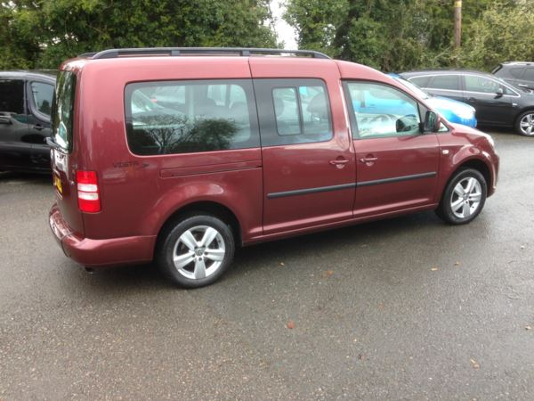 2011 (11) Volkswagen Caddy Maxi Life 1.6 TDI 5dr 2011 WHEEL CHAIR RAMP..5 SEATS..WAS..£9999..NOW..£8499 For Sale In Stratford-upon-Avon, Warwickshire