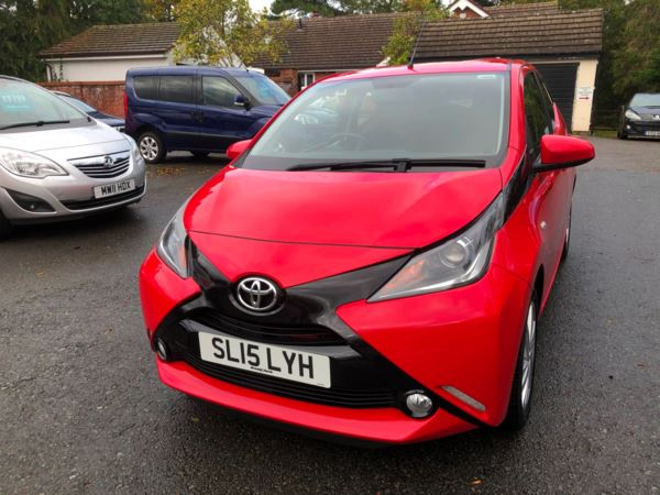 2015 (15) Toyota AYGO 1.0 VVT-i X-Pression 5dr ZERO ROAD TAX For Sale In Stratford-upon-Avon, Warwickshire