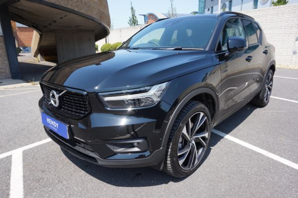 VOLVO XC40 2.0 T5 First Edition 5dr AWD Geartronic (Black)