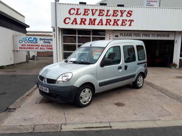 2009 (59) Renault Kangoo 1.6 Automatic WHEELCHAIR RAMP ADAPTED VEHICLE For Sale In Thornton-Cleveleys, Lancashire