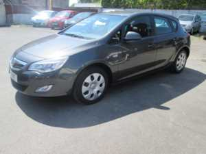 2011 11 Vauxhall Astra 1.3 CDTi 16V ecoFLEX Exclusiv 5dr [Start Stop] £20 a year tax ... 5 Doors Hatchback