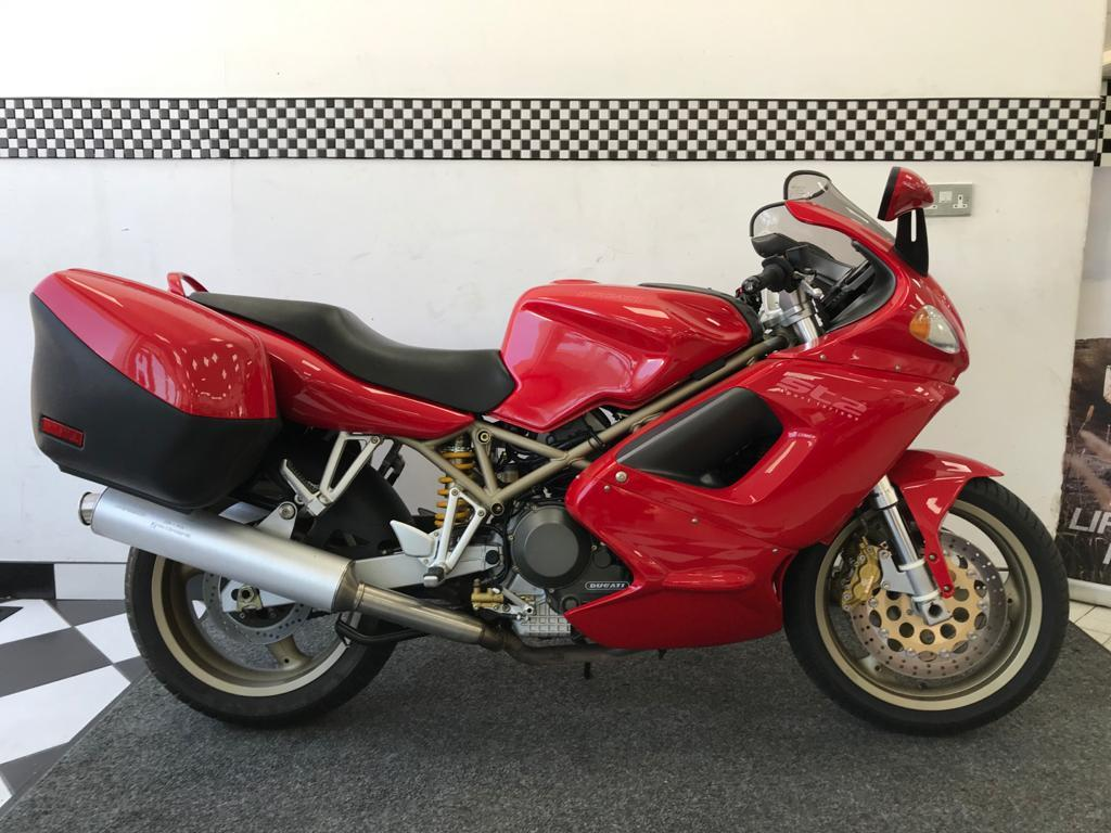 1998 (R) Ducati ST 2 ONLY 5,811 KM (3,610 MILES) For Sale In Chesham, Buckinghamshire