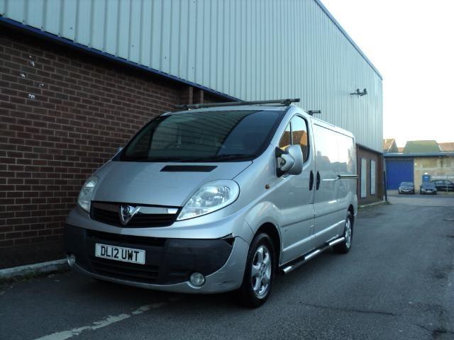 2012 (12) Vauxhall Vivaro 2.0CDTI [115PS] Sportive LWB Van (ONLY 65,000 MILES) For Sale In Chesham, Buckinghamshire