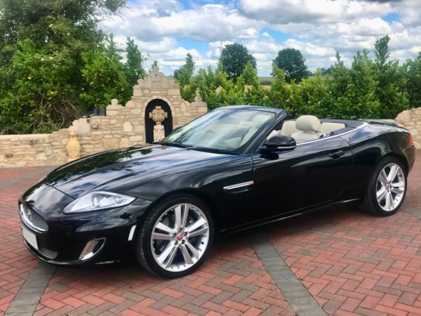 2015 (15) Jaguar XK 5.0 V8 Signature 2dr Auto Simply Stunning! For Sale In Box, Wiltshire
