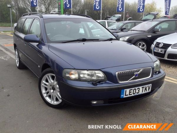 (2003) Volvo V70 2.4 T SE 5dr Luxurious Leather - Rain Sensor - Cruise Control - Air Conditioning