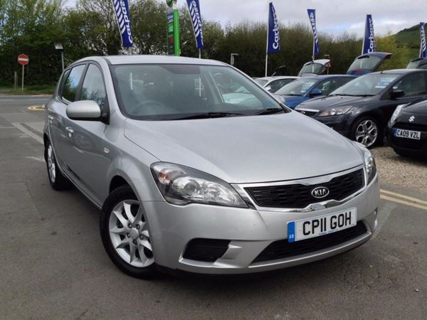 (2011) Kia Ceed 1.6 CRDi VR-7 5dr £30 Tax - Parking Sensors - Air Conditioning