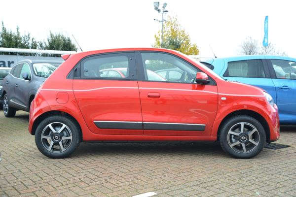 2018 (68) Renault Twingo 0.9 TCE Iconic [Start Stop] For Sale In Portsmouth, Hampshire