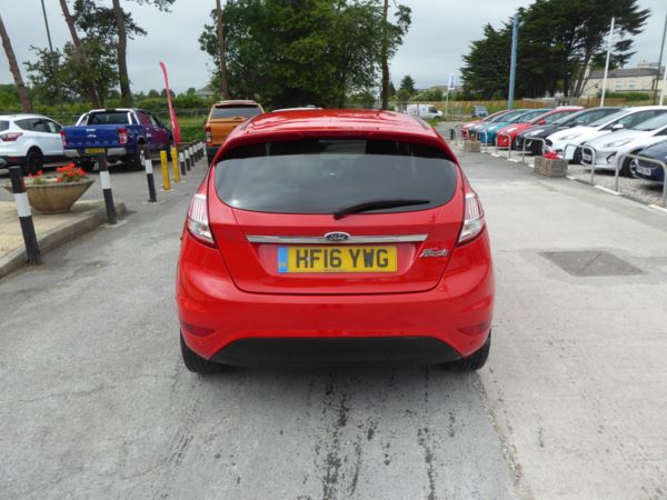 2016 (16) Ford Fiesta 1.6 Titanium 105 PS Automatic 2 Owners From New For Sale In Brixham, Devon