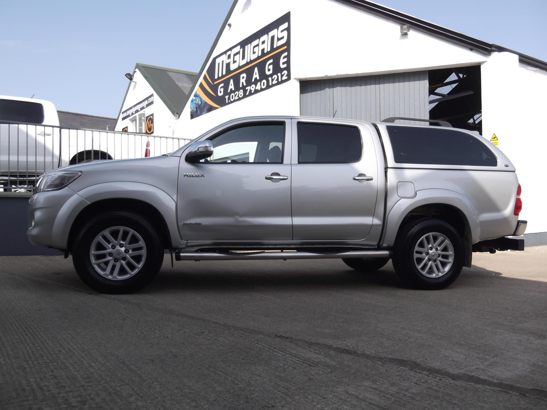 Used Toyota Hilux INVINCIBLE , 3.0 D-4D 171 , 4x4 ...