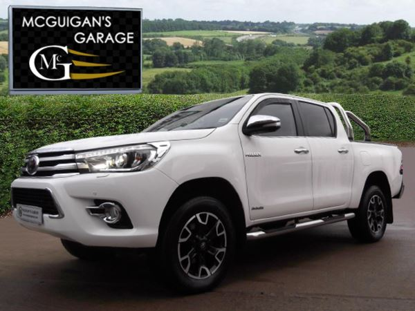 2017 (67) Toyota Hilux INVINCIBLE X , D-4D, 4WD, 6 SPEED, TOW BAR, CHROME ROLL BAR, LOAD LINER For Sale In Swatragh, County Derry