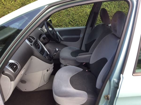 2005 (05) Citroen Xsara Picasso 1.8i 16v Desire 5dr For Sale In Epping, Essex