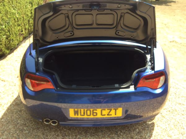 2006 (06) BMW Z4 3.0si Sport 2dr For Sale In North Weald, Essex