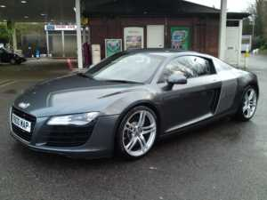 2007 (57) Audi R8 4.2 QUATTRO R TRONIC AUTO / LEATHER / SAT / NAV / FULL HISTORY / LOW MILES For Sale In Watford, Hertfordshire